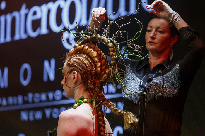 2 photo pascal latil show intercoiffure mcb 2019 25